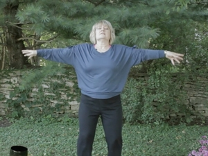 Try a two minute Qi Gong exercise